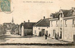 CPA - MAGNY-SAINT-MEDARD (21) - Aspect De L'entrée Du Bourg Par La Rue Principale En 1904 - Autres Communes