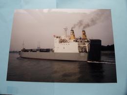 LOVERVAL (Antwerpen) Arrived At The Port Of ANTWERP - Built 1956 ( Foto Van GINDEREN Collection : Voir / Zie Foto's ) ! - Bateaux