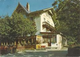 HOTEL BELVEDERE - CHEMIN SUR MARTIGNY . 1 COIN CORNE . AFFR AU VERSO LE 5-5-1975 . 2 SCANES - VS Valais