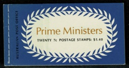 Ref 1237 - Australia 1972 Used Stamp Booklet On 1st Day Of Issue- Prime Ministers SB51 - Carné