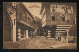 Torino. *Via E Fontana Del Borgo Feudale* Nueva. - Lugares Y Plazas