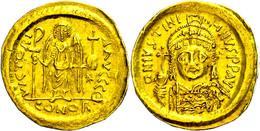 Justinianus I., 527-565, Solidus (4,29g), Konstantinopel. Av: Büste Mit Kreuzglobus Von Vorn, Darum Umschrift. Rev: Steh - Byzantines
