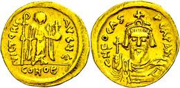 Phocas, 602-610, Solidus (4,27g), Konstantinopel. Av: Brustbild Mit Kreuzglobus Von Vorn, Darum Umschrift. Rev: Stehende - Byzantines
