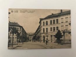 Carte Postale Ancienne (1920)  Courtrai Palais De Justice  - Rue Léopold - Kortrijk