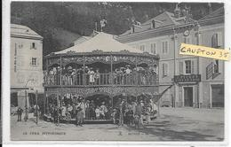 Morez - Tres Belle Carte - Caroussel Sur La Place  -   Non Circulé - Bon état - Morez