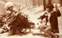 """Enfants Sur Luge , Boules De Neige Et Sapin  """"Joyeux Noël"""" Photo Bleuet 793 - Scènes & Paysages"""