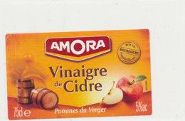 VI 67 - ETIQUETTE VINAIGRE  DE  CIDRE AMORA - Labels