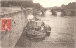 Dépt 75 - PARIS - Travaux Du Métropolitain - Bateau Cloche, Servant Aux Travaux De Jonction Des Caissons Sous La Seine - Die Seine Und Ihre Ufer
