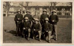 Thun Kaserne Schweizer Militär - Soldaten - BE Berne
