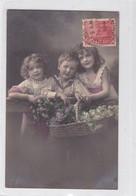 NIÑOS KIDS ENFANTS CRIANÇAS PANIER CANASTA BASKET FLORES FLEURES FLOWERS COLORISE CIRCULEE CIRCA 1914- BLEUP - Fotografie