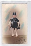 NIÑO BOY GARÇON COSTUME DISFRAZ ESPADACHIN SWORDMAN COLORISE CIRCA 1942- BLEUP - Fotografie