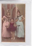 HERMANAS SISTERS SOERS DISFRAZ COSTUME DAME ANTIQUE COLORISE CIRCA 1940s- BLEUP - Fotografie