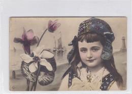 NIÑA FILLE GIL FLOWERS FLEURES VESSEL BARCOS COLORISE CIRCA 1900s- BLEUP - Fotografie