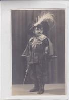 GARÇON NIÑO BOY DISFRAZ COSTUME MOSQUETERO MOSQUETAIRE CIRCA 1930- BLEUP - Fotografie