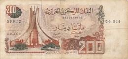 Algérie - Billet De 200 Dinars - 23 Mars 1983 - Algérie