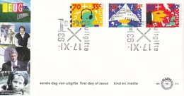 Nedrland - FDC - Kinderzegels - Kind Met Krantenmuts/Olifantje Met Walkman/Kind En Televisie - NVPH E315 - Kindertijd & Jeugd