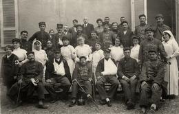 Villeneuve Sur Lot - Carte Photo 1914 - Hôpital Militaire - Croix Rouge Bléssés Infirmières - Belle Animation - AA126 - Villeneuve Sur Lot