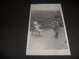Onbekend  Te Identifieren  à Identifier  Fotokaart  Carte Photo -  Enfant   Teddy Bear  Ours  Charette D' Enfant  1923 - Cartes Postales