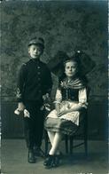 ALSACE Enfants En Costume D'Alsacienne (assise) Et Militaire Photo Alphonse Welty Guebwiller - Alsace