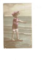 Cpa - Baigneuse - Fillette En Maillot De Bain Casquette Plongeoir  - Irisette 1692 - - Bambini
