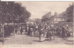 CPA -  49. LA BOURBOULE La Place Aux Anes - La Bourboule