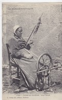 Gard - Les Cévennes - Types De Paysans - Une Fileuse - Sonstige Gemeinden