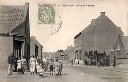 59 - Rieulay - Rue De L'Eglise (animée, Jaspart Dubois, Maison En Construction à L'arrière, Ed. Waquet-Puvion) - Altri Comuni
