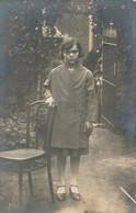 Thèmes - Photographie - Portrait D'enfant - Fille - Photo - Personnes Anonymes