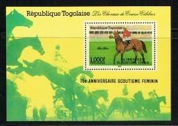 1986  Cheval De Course - Surchargé «75è Ann. Du Scoutisme Féminin»  Bloc-feuillet  ** - Togo (1960-...)