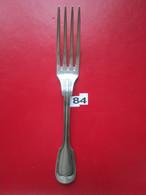 N° 84 - 1 Fourchette ARGENT : 3 Poinçons : 1°/ BALANCE - 2°/ 53  - 3°/ CARO Poids: 83 Gr - L. 21,5 Cm  - BE - Argenteria