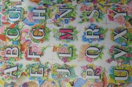 Scraps Alphabet Sur Fleurs Decoupis - After 1965