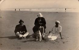SAINT GILLES CROIX DE VIE . Carte Photo De Vacanciers Sur La Plage En 1924. - Saint Gilles Croix De Vie