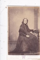 ANTIQUE CDV PHOTO - SEATED OLDER  LADY. NEWTON STEWART STUDIO - Photographs