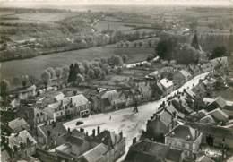 18 - JOUET SUR L'AUBOIS - Vue Aerienne Sur La Place En 1955 - Andere Gemeenten