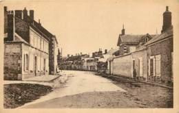 18 - JOUET SUR L'AUBOIS - Rue De La Gare En 1953 - France