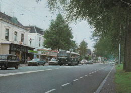 Daf,Simca 1100,Ford Consul,Renault R4,Omnibus,Oosterbeek,Utrechtseweg,gelaufen - Voitures De Tourisme