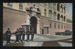 *Le Palais Du Prince Et La Relève De La Garde* Ed. S.E.P.T. Nº 1-157. Circulada 1957. - Palacio Del Príncipe