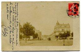 ROMILLY SUR SEINE - Place De La Gare Et Rue Carnot (carte-photo 1908 - Romilly-sur-Seine