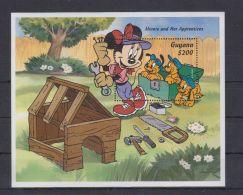 V566. Guyana - MNH - Cartoons - Disney's - Cartoon Characters - Mickey - Disney