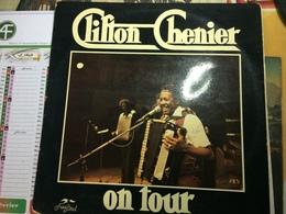 CLIFTON CHENIER-ON TOUR-DISQUE 33 T - Vinyl Records