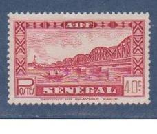 SENEGAL         N°  YVERT  :   179      NEUF AVEC  CHARNIERES      (  CH  65  ) - Nuovi