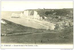 Etretat. Le Terrain De Golf Et Vue Generale D'Etretat. - Etretat