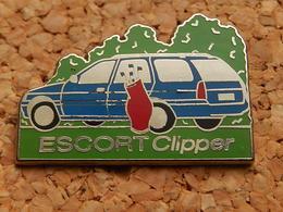 Pin's - FORD ESCORT CLIPPER - Ford