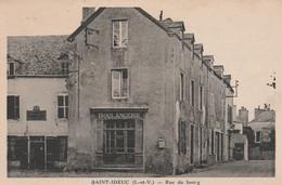 35 SAINT-IDEUC    Rue Du Bourg       TB PLAN   RARE …. Avec Boulangerie - Autres Communes