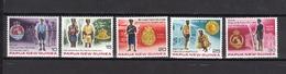 PAPOUASIE Nll GUINEE N° 354 à 358 Neufs** Cote 5€ - Papouasie-Nouvelle-Guinée