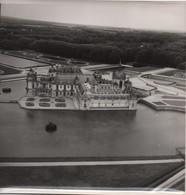 Grande Photographie Aérienne/Tirage D'époque/France/ Château De CHANTILLY/ Vers1930-1950   PHOTN479 - Otros