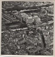 Grande Photographie Aérienne/Tirage D'époque/France /Notre -Dame De Paris/ Vers 1930-1950   PHOTN483 - Otros