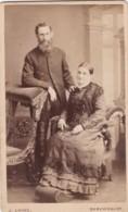 ANTIQUE CDV PHOTO. COUPLE. MAN WITH BEARD. SHREWSBURY STUDIO. - Photographs