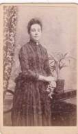 ANTIQUE CDV PHOTO - STANDING LADY. STRIPED DRESS. ROSS STUDIO - Photographs