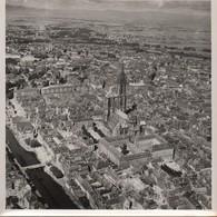 Grande Photographie Aérienne/Tirage D'époque/Cathédrale/ Strasbourg/ Vers 1930-1950   PHOTN490 - Otros